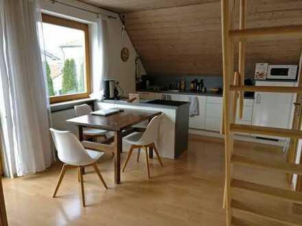 Exklusive 2-Zimmer-DG-Wohnung vollmöbeliert