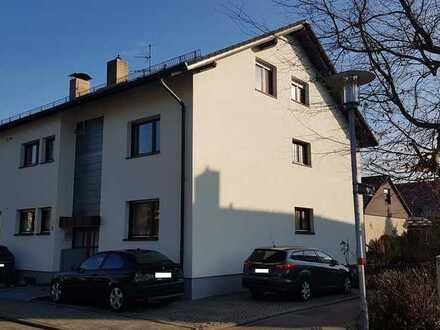 Schöne 4,5-Zimmer-DG-Wohnung mit Balkon und Gartenanteil in Ettlingen