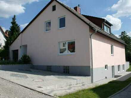 Neu saniertes Zwei- bis Dreifamilienhaus in unverbaubarer Toplage von Göggingen