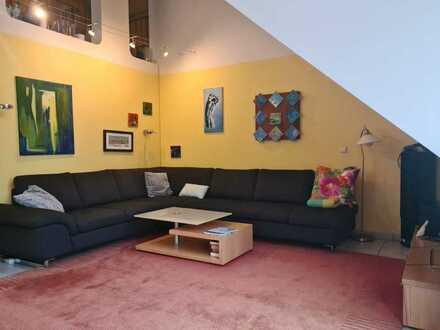 Lichtdurchflutete 4-Raum-Maisonette-Wohnung mit Balkon und Einbauküche in Mannheim-Niederfeld