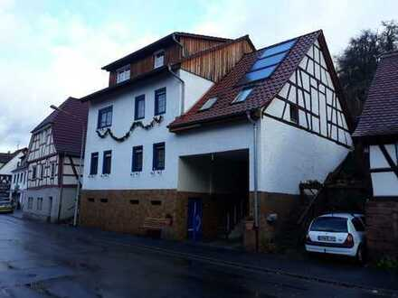 Architektenhaus mit 11 Zimmern im Odenwaldkreis, Breuberg