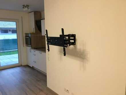 Neuwertige 2-Zimmer-EG-Wohnung mit Terrasse und Einbauküche in Neuburg an der Donau