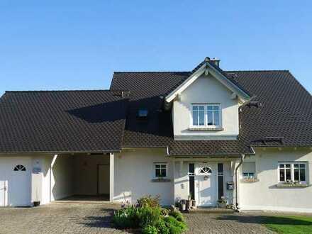 BELLEVUE - schönes Haus mit fantastischem Rundumblick, freistehend, Süd-Hanglage