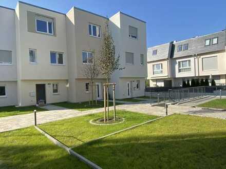 Moderner Neubau - hell, großzügig und wunderschön - Reihenhaus in Teltow Mühlendorf
