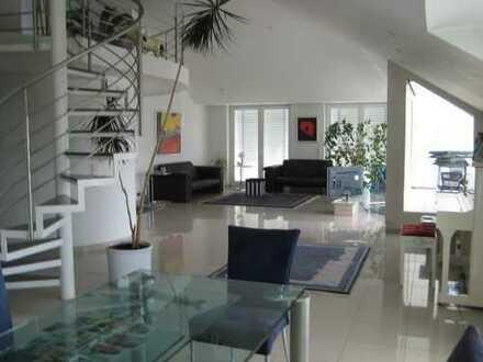 Exklusives Penthouse in Pforzheim, ein Traum in Weiß