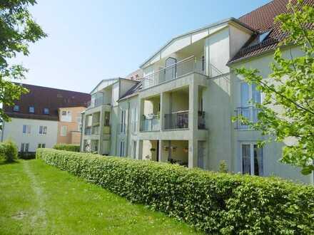 RESERVIERT! Ruhig gelegene 2-Zimmer-Wohnung mit Balkon und Pkw-Stellplatz in Gransee