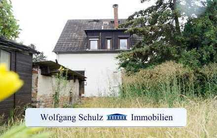 Zweifamilienhaus mit Modernisierungsbedarf in gewachsener Wohngegend