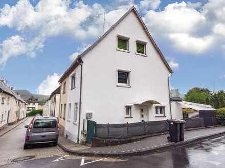 Gemütliches Einfamilienhaus in Rheinnähe wartet auf neuen Mieter!