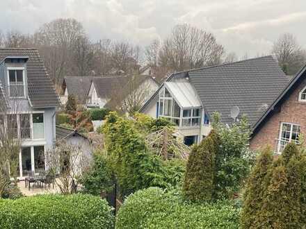 Junges Mehrfamilienhaus mit Blick ins Grüne