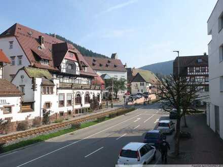 Sonnige 4 Zimmerwohnung im Herzen von Alpirsbach!
