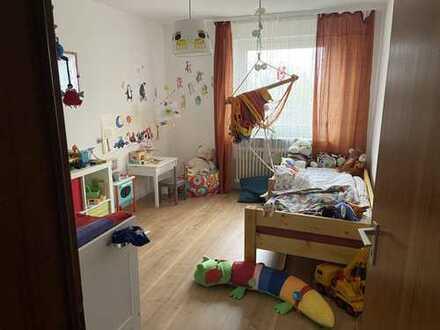Schöne 3,5-Raum-Wohnung mit EBK und Balkon in Möglingen