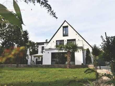 Luxuriöse Villa mit 1.000 m² Grundstück in Frankfurt Bergen-Enkheim
