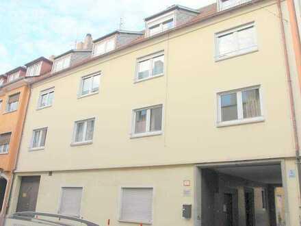 Gepflegte 3-Zimmer-Wohnung mit großer Terrasse in Würzburg-Pleich