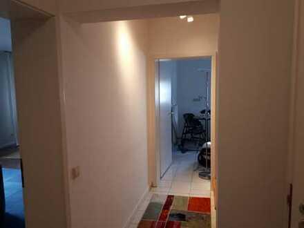 Gepflegte 4-Zimmer-Maisonette-Wohnung mit Balkon und Einbauküche in Ruppertsweiler