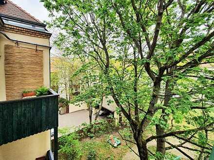 Ruhige Zwei-Zimmer-Wohnung mit Balkon
