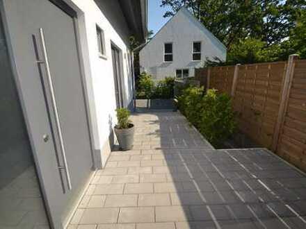 ERSTBEZUG!! Tolle Doppelhaushälfte mit 5 Zimmern, Gäste WC + Garten in familienfreundlicher Lage !