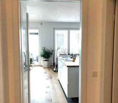 Helle Traumwohnung 4 Zimmer, Bogenhausen, luxuriöse Austattung, Innenstadt & Isarnah, KfW 40