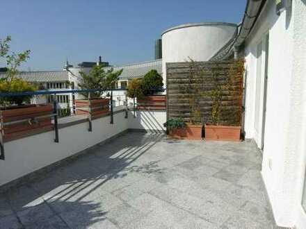 Sonnige und ruhige Traum-Dachterrassenwohnung für 1-2 Personen