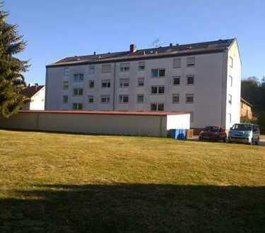Günstige 3-Zimmer-Wohnung mit Balkon in Hornbach