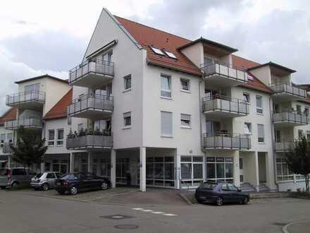Weitsicht: 4.Stock - 3-Zimmer DG-Wohnung - 2 Duplexstellplätze