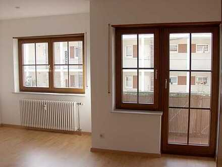 von privat: unmöblierte, bezugsfertige Single-Wohnung, Wochenendheimfahrer bevorzugt