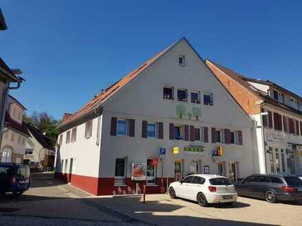 Ansprechende 2-Zimmer-Wohnung mit Terasse und EBK in Nürtingen