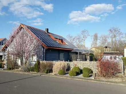Ökologische-Einfamilienhaus, Klimatisiertes, mit Solaranlage, Prichsenstadt, Süd-Lage, frei 9/2020