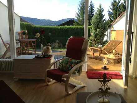 Zweitwohnsitz in Oberstaufen möblierte 1-Zi.-Whg., zentrumsnahe, ruhige, sonnige Lage, Fernsicht, TG