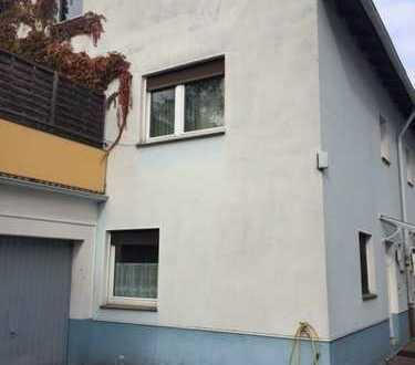 Vermietete DHH mit großer Dachterrasse in Ruhiger Wohnlage...