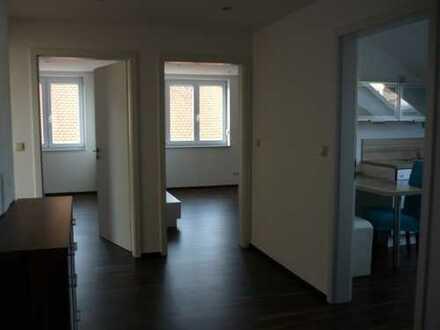 Gepflegte 4-Zimmer-Dachgeschosswohnung mit EBK in Pöttmes