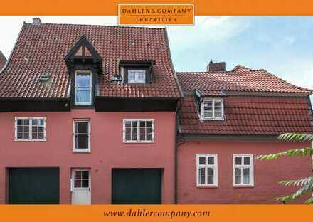 Hochwertiges Stadthaus im Wasserviertel mit zwei Wohnungen
