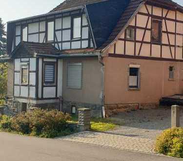 Schönes Haus mit acht Zimmern in Schmalkalden-Meiningen (Kreis), Grabfeld
