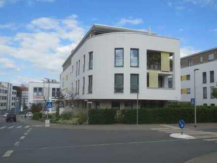 *** Friedrichsdorf- Baujahr 2014- Hochwertige, exklusive, große 3 Zi.- Wohnung mit Loggia und 2 Tief