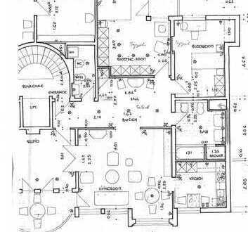 Stilvolle, gepflegte 4-Zimmer-Wohnung mit Balkon und Einbauküche in Darmstadt