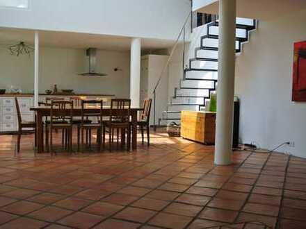 Lichtdurchflutetes Einfamilienhaus – offenes Wohnen im Loft Stil