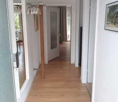 Schöne, geräumige vollmöblierte zwei Zimmer Wohnung in Groß-Gerau (Kreis), Mörfelden-Walldorf