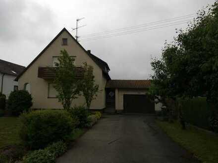 Schönes Haus mit fünf Zimmern in Nufringen (Kreis Böblingen)