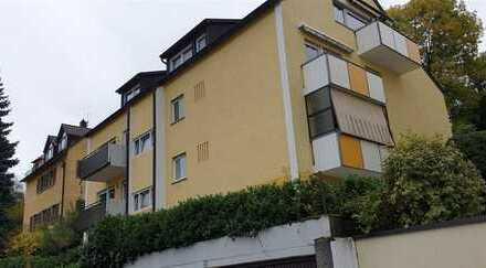 Wohnung mit Gartenteil sofort frei inklusive Doppelgarage