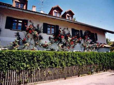 Idyllisches großzügiges Mehrgenarationen - Landhaus im Osten von München