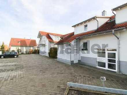 """Unkomplizierte Kapitalanlage im """"Stäble"""": Ruhige und gut vermietete Dachgeschosswohnung mit Balkon"""