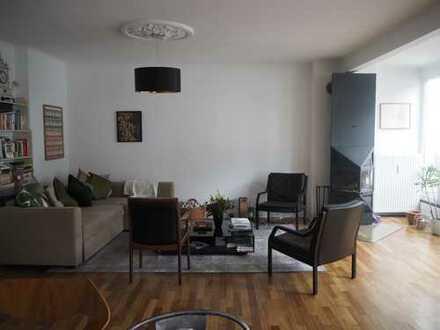 Pempelfort- Traumhafte Dachterassenwohnung im Jugenstilhaus