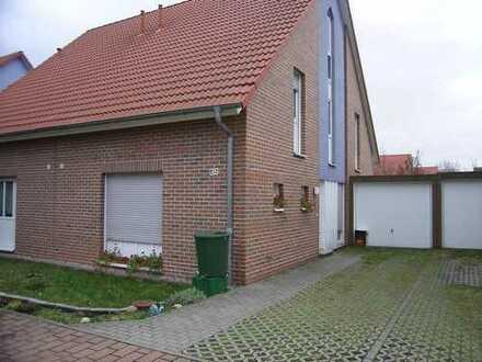 Büschdorf / Doppelhaushälfte mit Garage zu vermieten