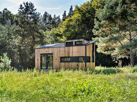 Architekten-Tinyhouse inkl. Einbaumöbel, Kamin, PV-Anlage und weiteren Extras