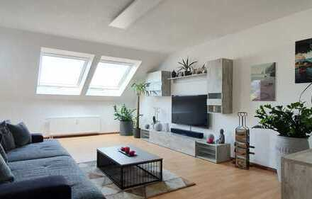 Moderne Dachgeschosswohnung mit sonniger Dachloggia