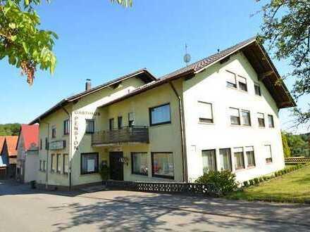 Gepflegter alteingesessener Gasthof mit Pension, Schwimmbad + Liegewiese - umbaubar in acht Wohneinh