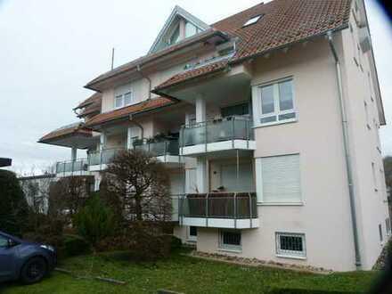 Exklusive, gepflegte 2-Zimmer-Wohnung mit Balkon und EBK in Benningen+Stellplatz