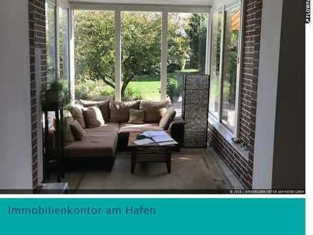 Wohnoase im Münsterland: Lichtdurchflutetes DHH mit viel Platz und großem Garten