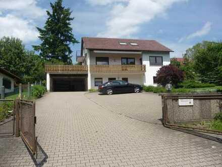 Weg vom Standard- Hin zur Individualität, Exklusives Einfamilienhaus mit ELW in 75365 Calw-Heumaden