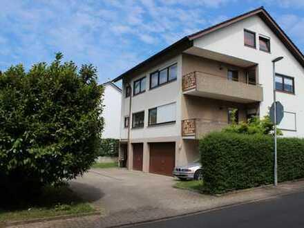 Sonnige 3,5-Zimmer-Wohnung mit Balkon und EBK in Neulingen - Nussbaum