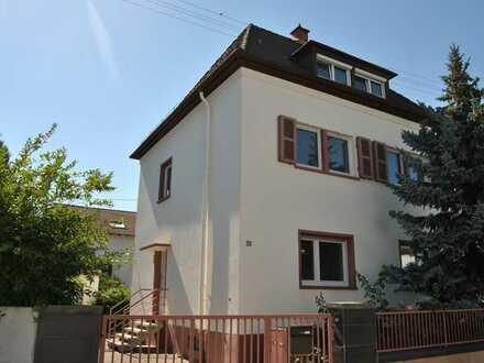 Maisonette-Wohnung im Zweifamilienhaus mit Garage in LU-Rheingönheim